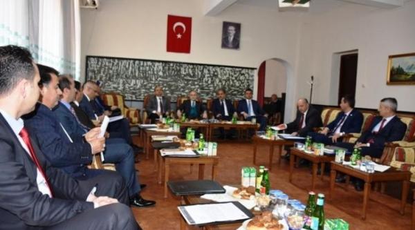 İLÇE MİLLİ EĞİTİM MÜDÜRLERİ TOPLANTISI PAZARYERİ'NDE YAPILDI