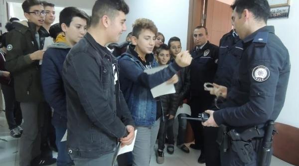 ÖĞRENCİLERE POLİSLİK MESLEĞİ TANITILDI