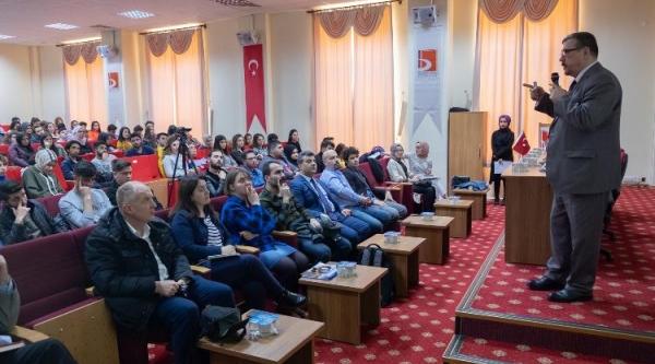 """""""ENDÜSTRİ 4,0 VE DİJİTAL DÖNÜŞÜM"""" KONFERANSI DÜZENLENDİ"""