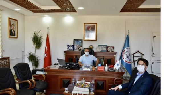 BAŞKAN TUNA'DAN İL MÜDÜRÜ ÇELİK'E ZİYARET