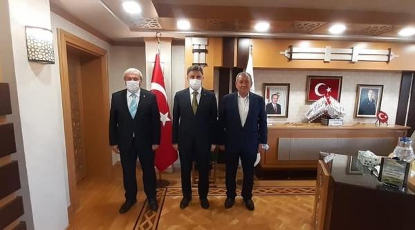 BAŞKAN'DAN  GENEL MÜDÜR POYRAZ'A ZİYARET