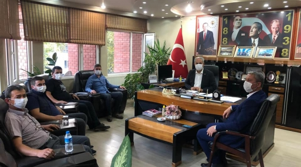 İL GENEL MECLİS ÜYESİ KAYADELEN'DEN BAŞKAN YAMAN'A ZİYARET