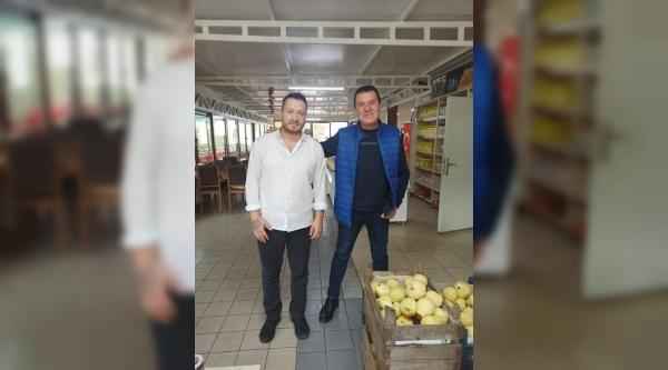 ÜNLÜ SANATÇI  OSMANELİN'DE
