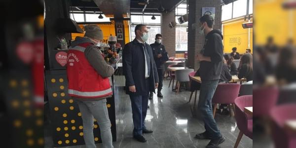 BİLECİK'TE BERBER VE KAFELER DENETLENDİ