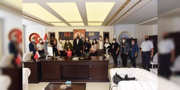 GÜNEŞSPOR YARDIM GRUBU'NDAN BAŞKAN BAKKALCIOĞLU'NA ZİYARET