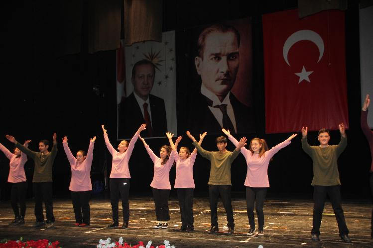 BİLECİK'TE DÜNYA ENGELLİLER HAFTASI KUTLANDI
