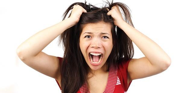 Stres, öfke ve depresyon saçkıranı tetikliyor