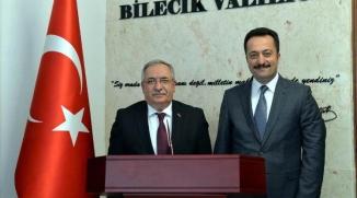 VALİ NAYİR VALİ ŞENTÜRK'LE BİR ARAYA GELDİ