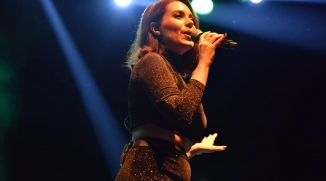 SANATÇI GİZEM COŞKUN ''GÜZEL GECELER'' KONSERLERİNDE SAHNE ALDI