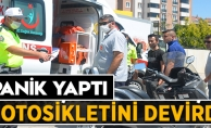 PANİK YAPTI MOTOSİKLETİNİ DEVİRDİ!